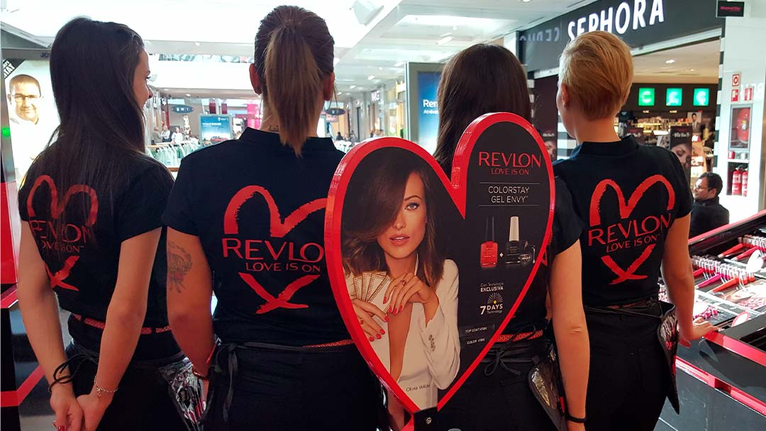 Promotoras en Pop Up de Revlon