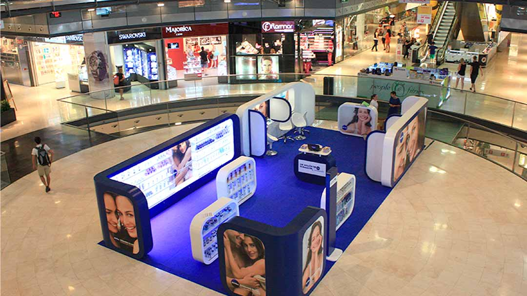 Pop Up Store Nivea en centro comercial
