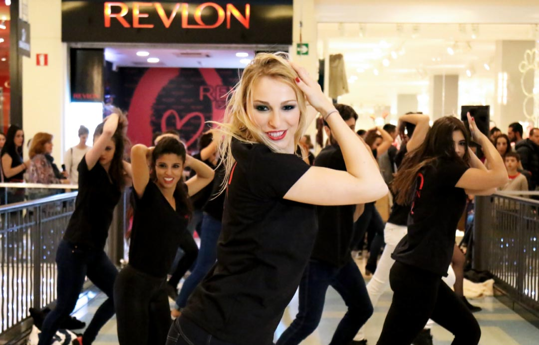 Bailarines de Revlon